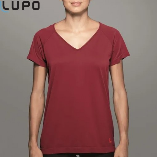 (71600-01) Camiseta Comfortable Fem Lupo
